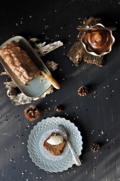 Cake aux marrons glacés avec pleins de paillettes dedans