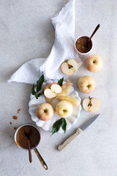 Bundt cake aux pommes et caramel