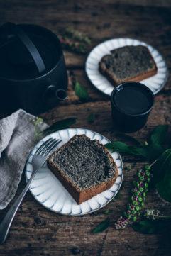 Cake au sésame noir